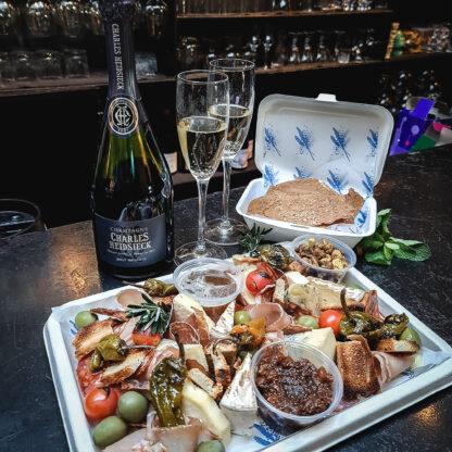 NYE Champagne Grazing Box